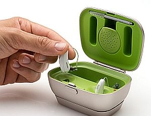 phonak hearing aid battery charger